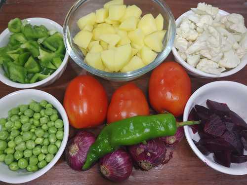 ingredients for pav bhaji